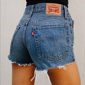 Levi Jean Shorts 501 size 25